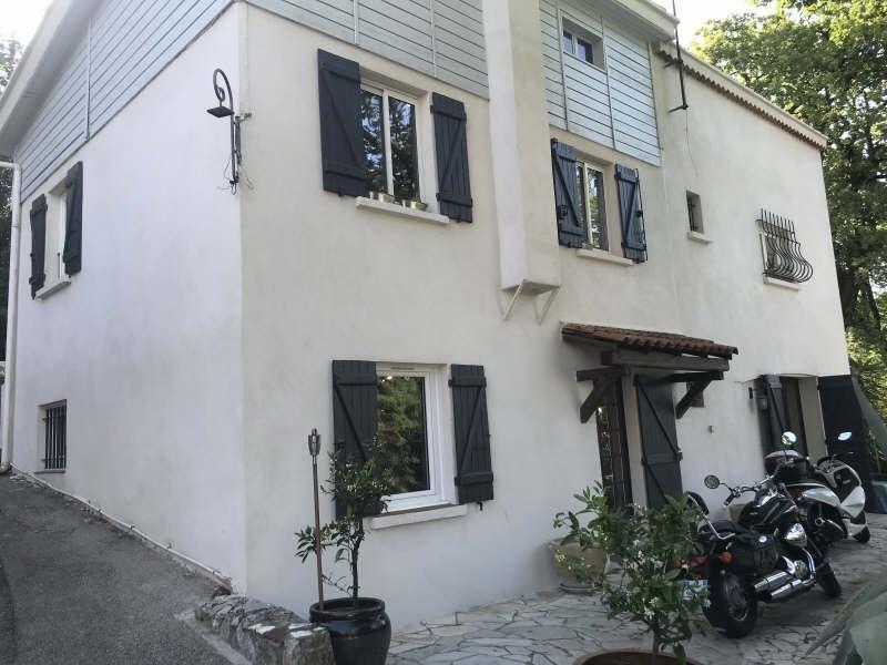 Deluxe sale house / villa Toulon 599000€ - Picture 1