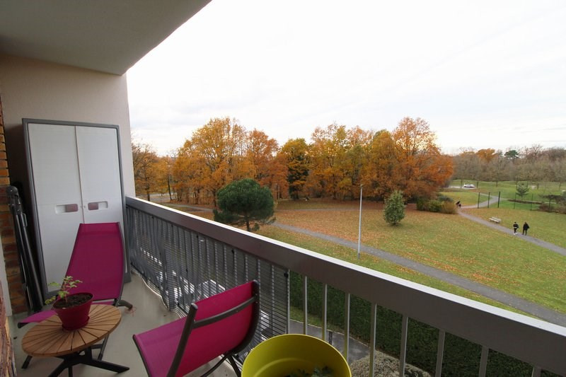 Sale apartment Maurepas 216 000€ - Picture 2