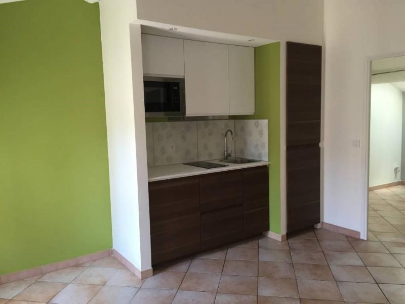 Rental apartment Avignon 410€ CC - Picture 2