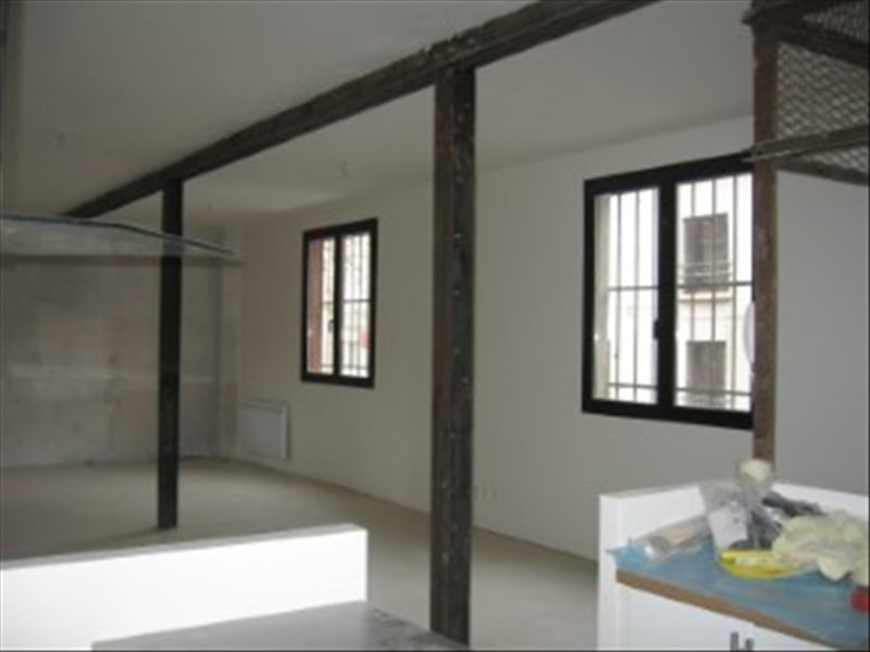 Location loft/atelier/surface Aubervilliers 1 850€ CC - Photo 8