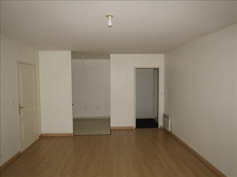 Location appartement Pontoise 798€ CC - Photo 2