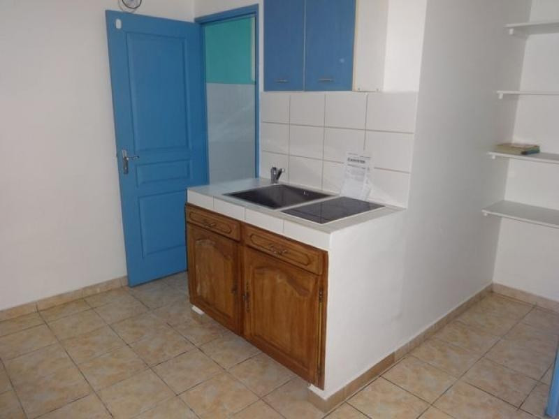 Location appartement Le tampon 360€ CC - Photo 1