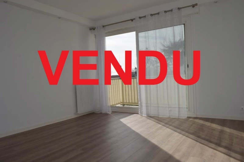 Sale apartment Talence 159800€ - Picture 1