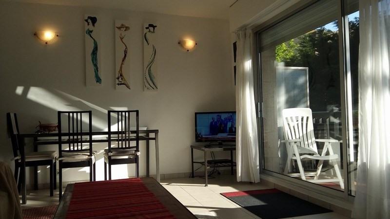 Sale apartment Deauville 254000€ - Picture 2