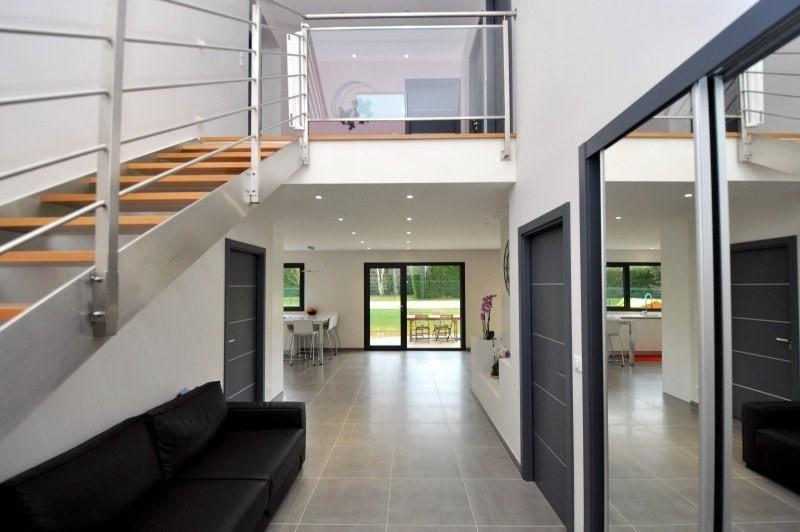 Sale house / villa Forges les bains 605000€ - Picture 2