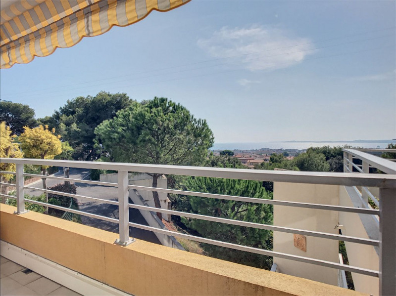 Vendita appartamento Saint laurent du var 350000€ - Fotografia 9