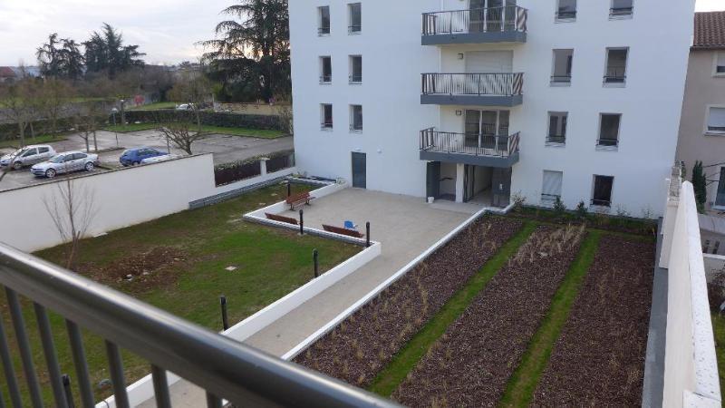 Location appartement Decines charpieu 785€ CC - Photo 4
