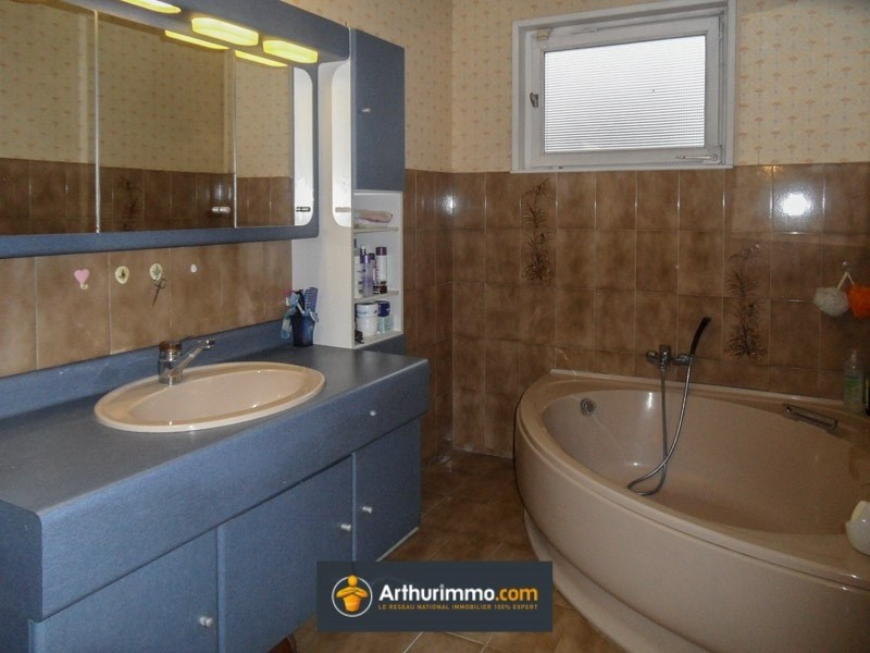 Vente maison / villa Bourgoin jallieu 249000€ - Photo 6