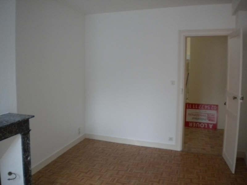Rental apartment Vendome 302€ CC - Picture 2