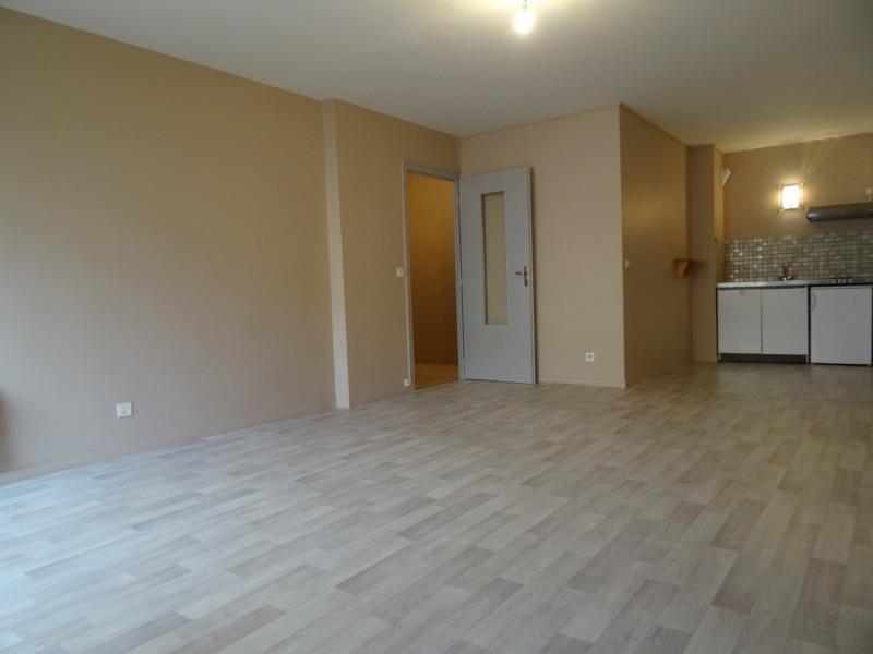 Location appartement Agen 320€ CC - Photo 2