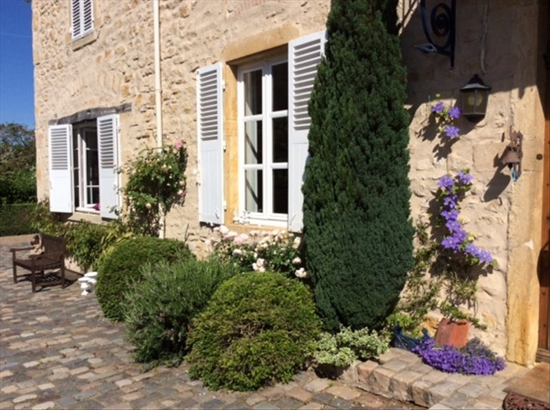 Deluxe sale house / villa Roanne 475 000€ - Picture 1
