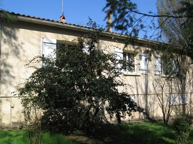 Sale house / villa Montguyon 255 000€ - Picture 2