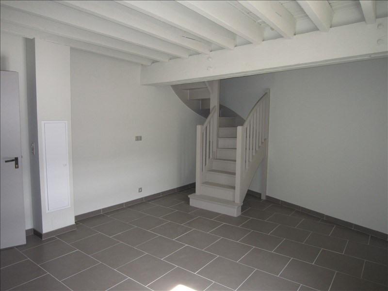 Rental apartment St cyprien 502€ CC - Picture 2