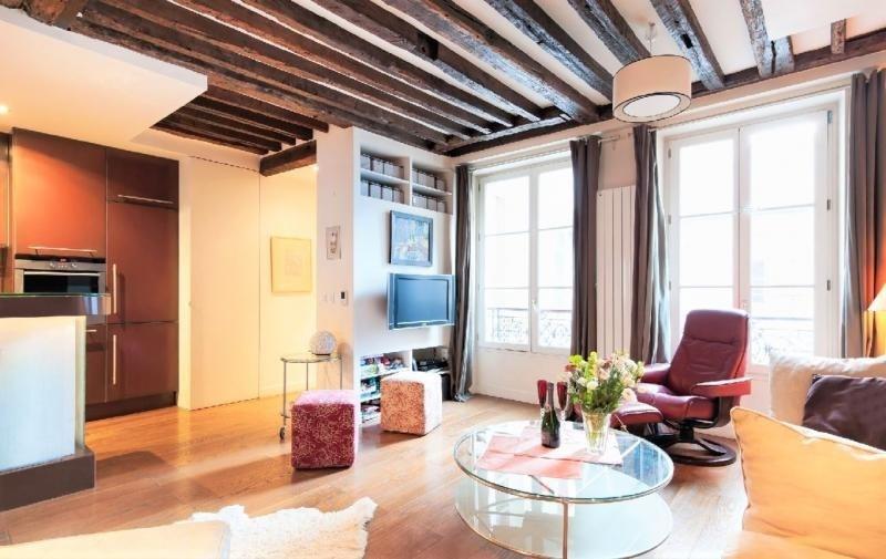 Sale apartment Paris 3ème 945000€ - Picture 1