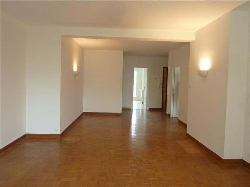 Location appartement Marseille 8ème 1 500€ CC - Photo 12