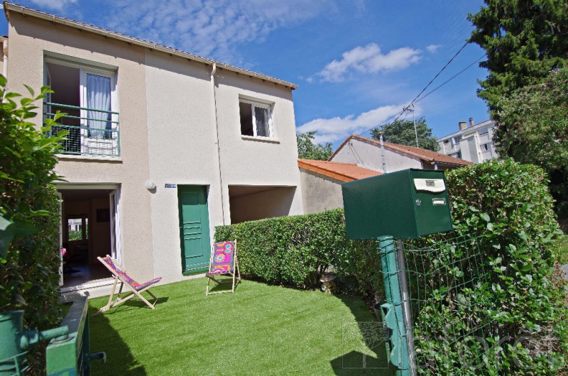 Sale house / villa Cholet 144 000€ - Picture 1