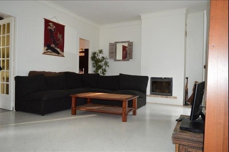 Sale apartment La varenne st hilaire 240000€ - Picture 1