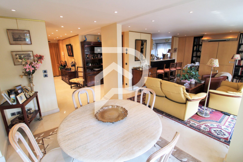 Vente de prestige appartement Paris 15ème 1190000€ - Photo 5
