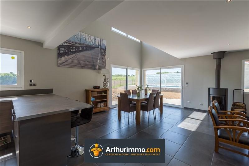 Vente maison / villa Morestel 388500€ - Photo 5