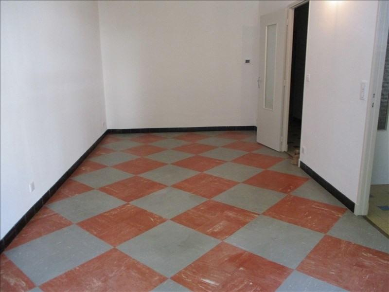 Rental apartment Salon de provence 770€ CC - Picture 3