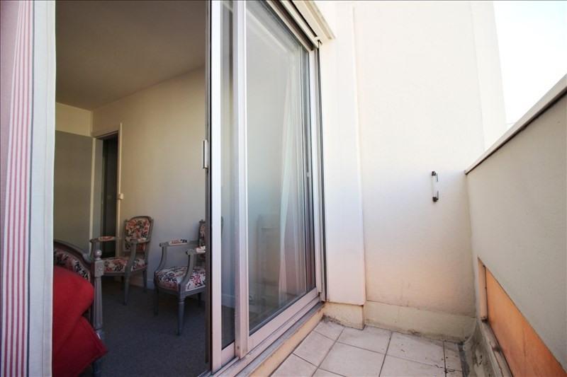 Sale apartment Paris 18ème 395000€ - Picture 2