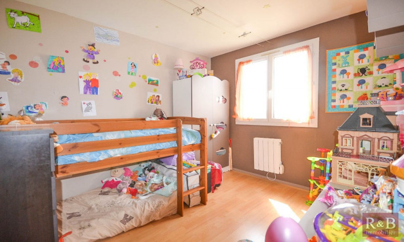 Sale apartment Plaisir 170 000€ - Picture 5