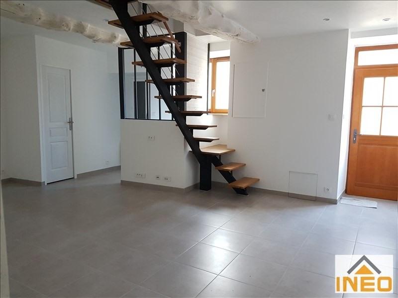 Vente maison / villa La chapelle chaussee 97500€ - Photo 2
