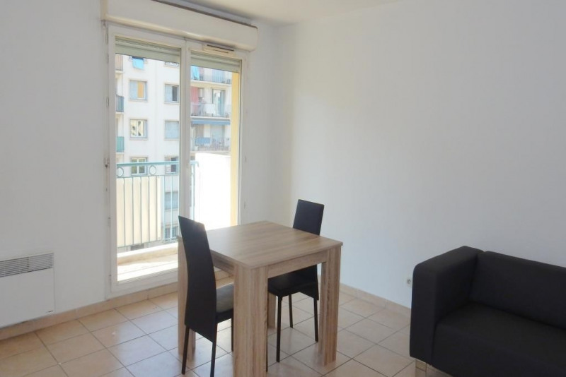 Rental apartment Nice 745€cc - Picture 3
