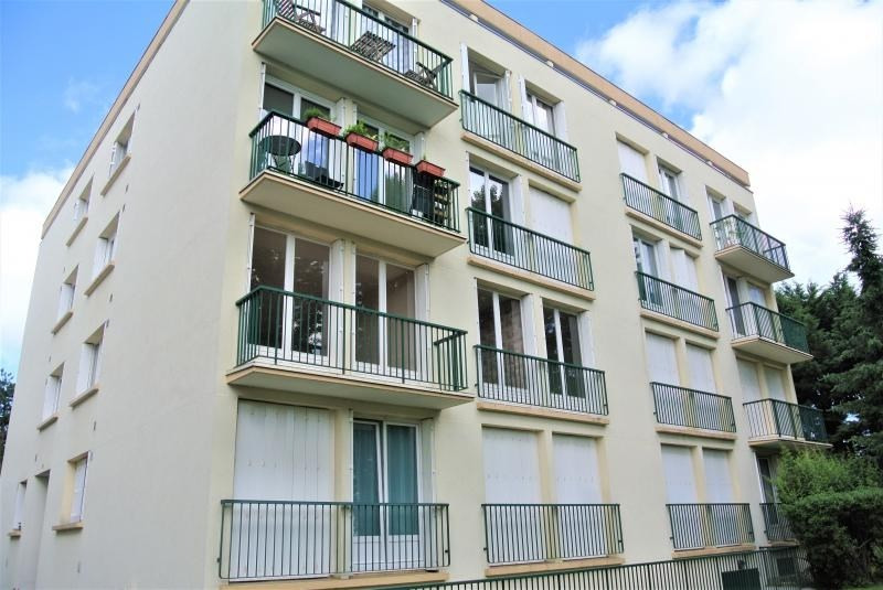 Rental apartment Margency 1 200€ CC - Picture 1