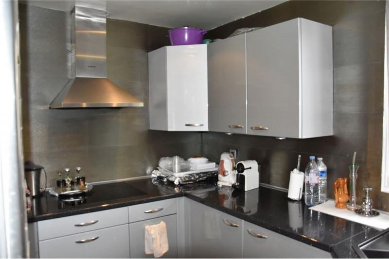 Sale apartment Paris 19ème 766500€ - Picture 2