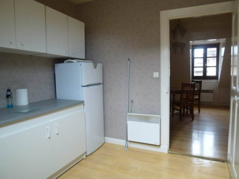 Location appartement Saint-laurent-du-pont 350€ CC - Photo 2