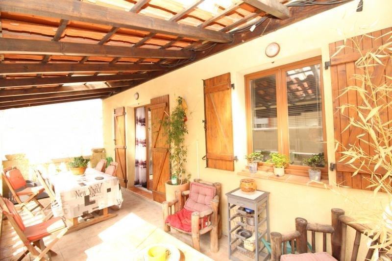 Deluxe sale house / villa Salon de provence 630000€ - Picture 2