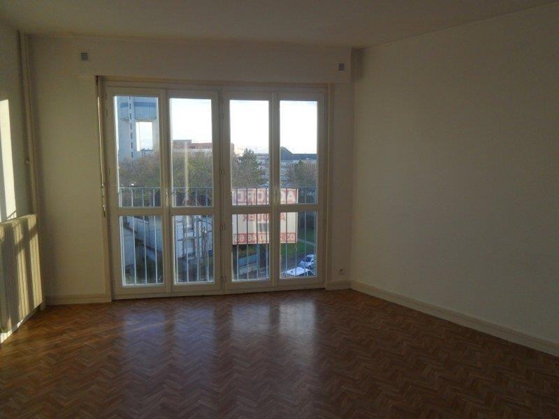 Rental apartment Saint andre les vergers 498€ CC - Picture 4