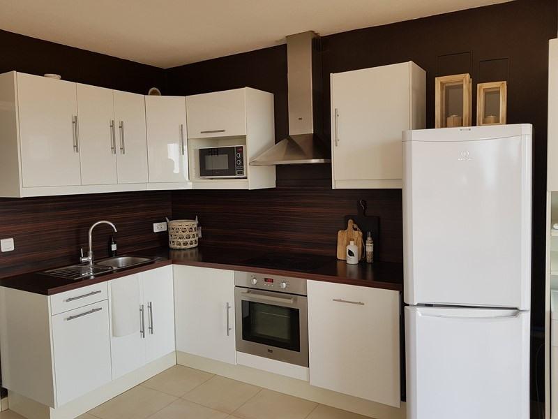Rental apartment Cavalaire sur mer 700€ CC - Picture 8