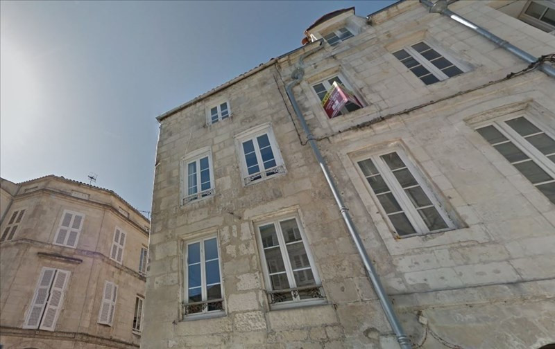 Investment property apartment La rochelle 137 170€ - Picture 2