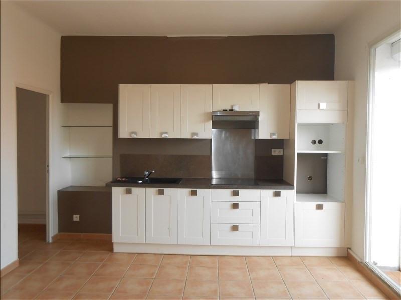 Rental apartment Martigues 640€ CC - Picture 2