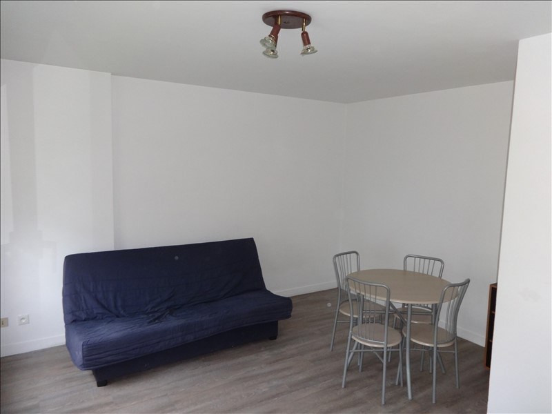 Location appartement Vernon 400€ CC - Photo 1