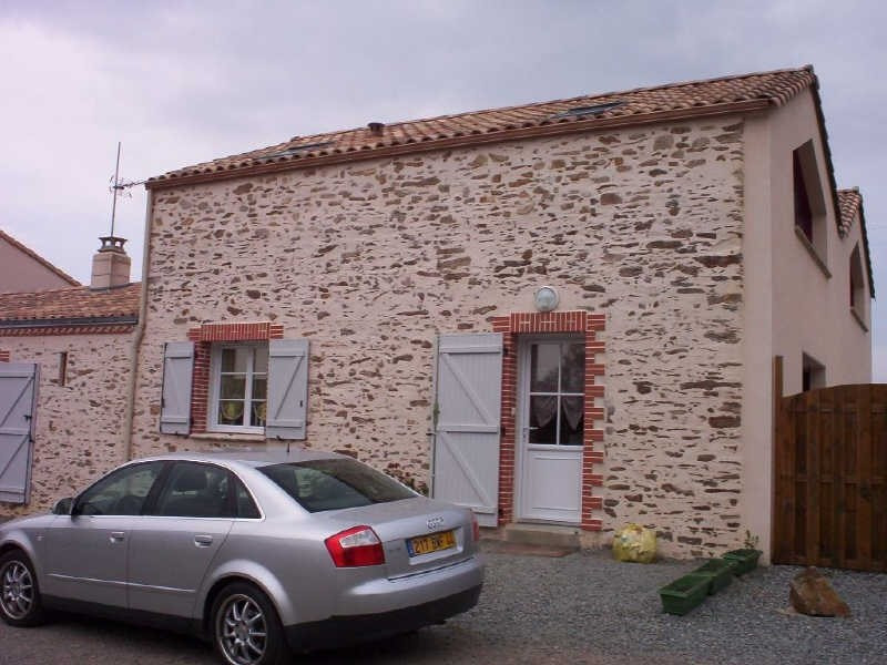 Rental house / villa St viaud 815€ CC - Picture 2