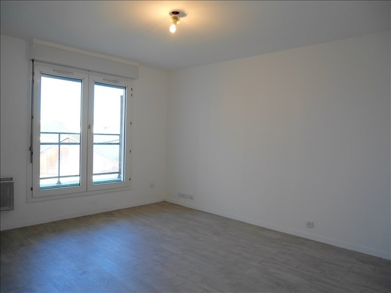 Location appartement Gagny 595€ CC - Photo 2