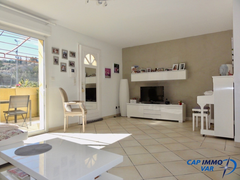 Vente appartement Le beausset 289 000€ - Photo 3