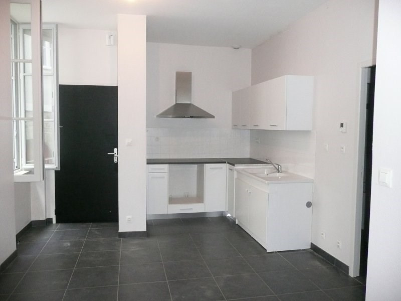 Location appartement Terrasson lavilledieu 310€ CC - Photo 3