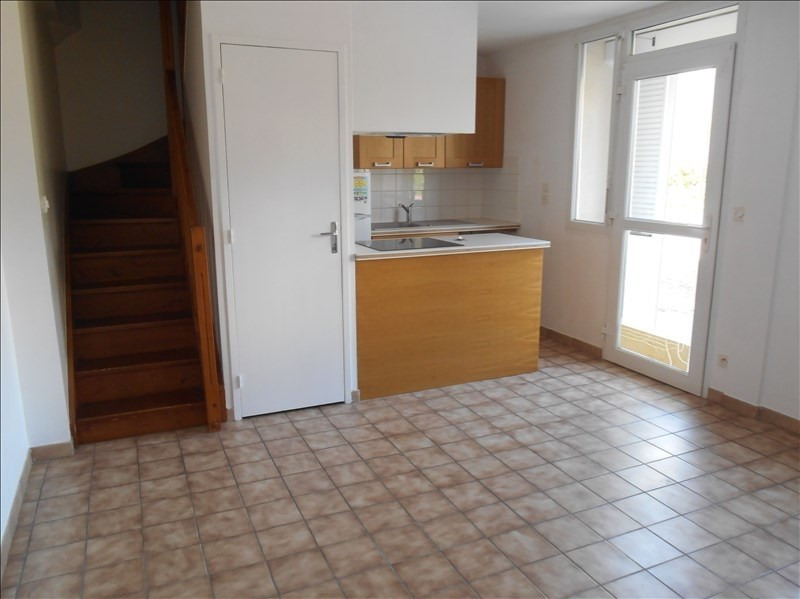 Rental apartment Troyes 425€ CC - Picture 1
