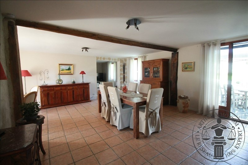 Sale house / villa Sainville 339 000€ - Picture 4