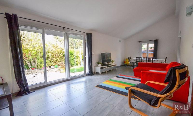 Sale house / villa Les clayes sous bois 360000€ - Picture 2