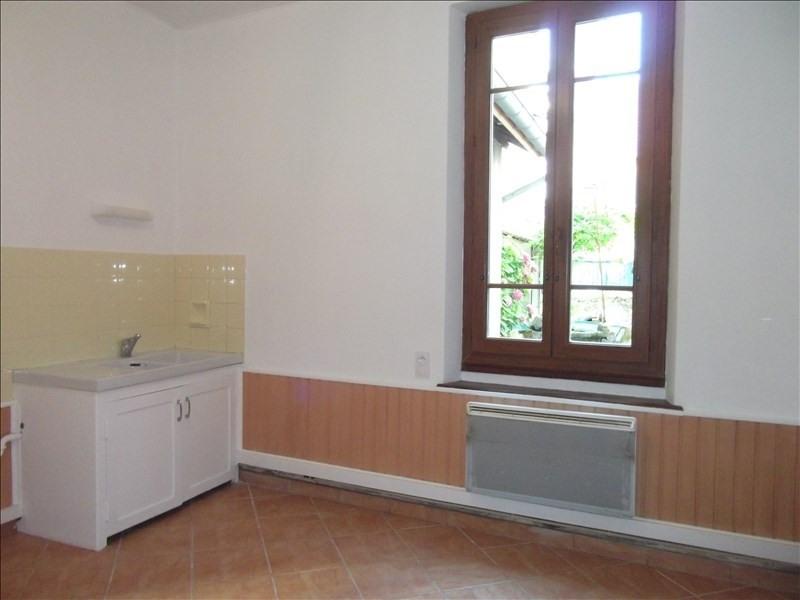 Location maison / villa Yenne centre 700€ CC - Photo 2