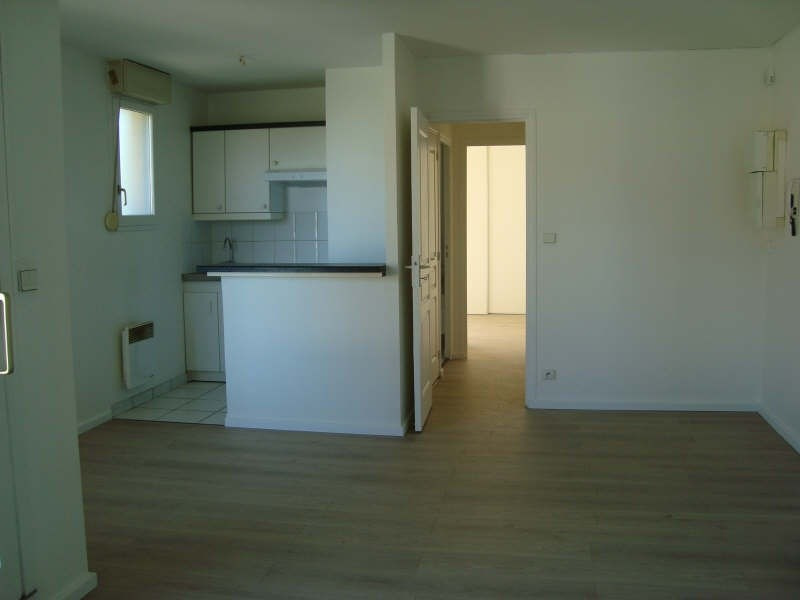 Location maison / villa Marly le roi 950€ CC - Photo 3