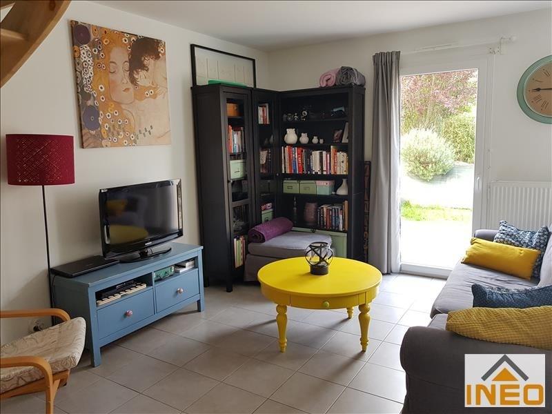 Location maison / villa Geveze 752€ CC - Photo 3