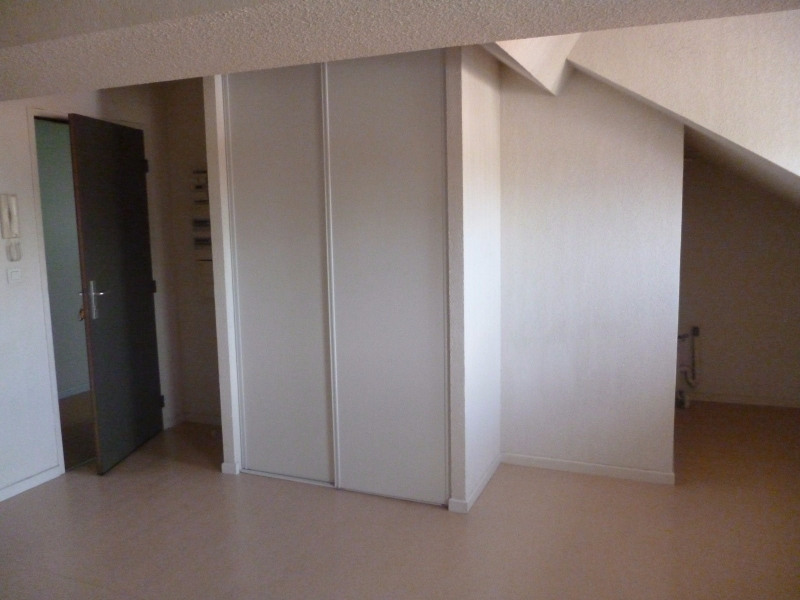 Location appartement Tarbes 340€ CC - Photo 3