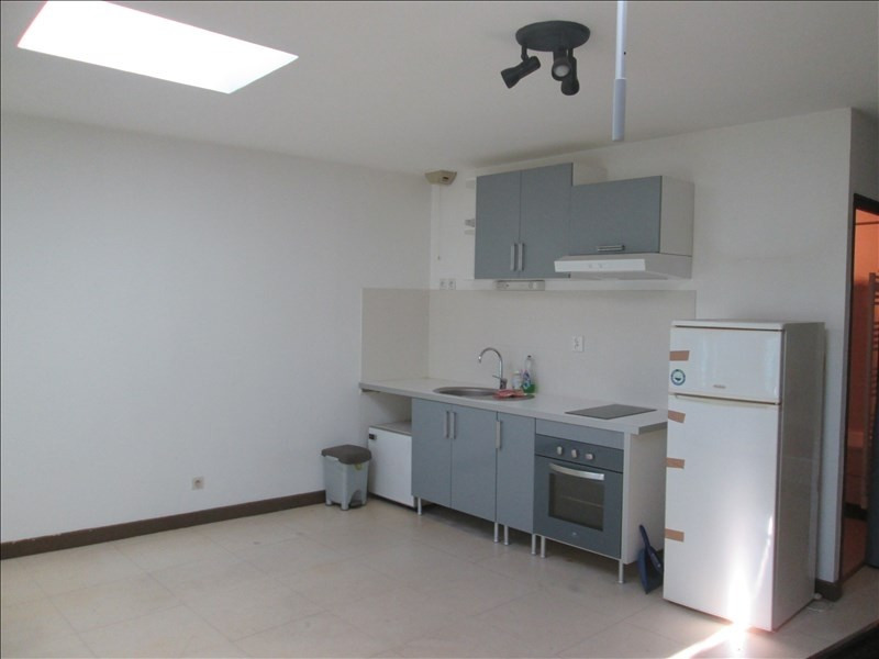 Rental apartment Pont de vaux 282€ CC - Picture 1
