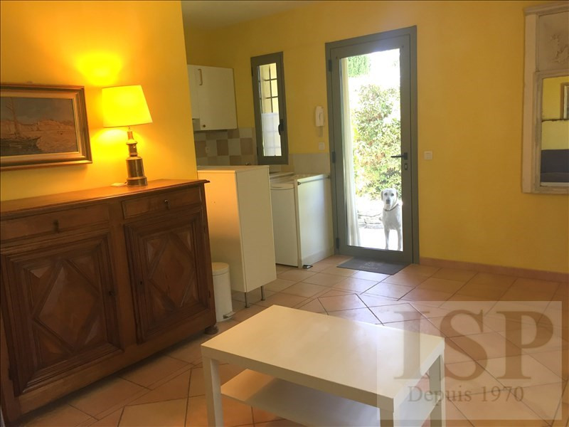 Location maison / villa Aix en provence 780€ CC - Photo 10